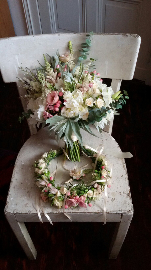 Wedding bouquet, boutonniere and floral crown