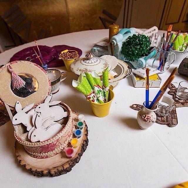 """Alice in Wonderland"" birthday, table for kids creativity"
