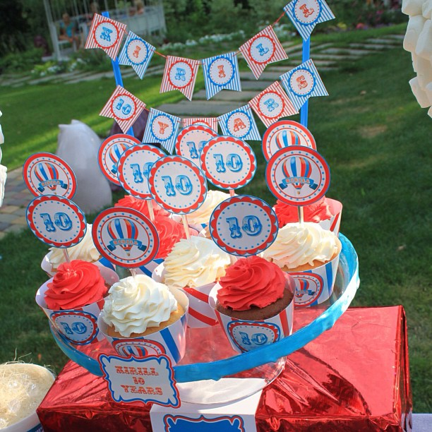 """""""Wizard of Oz"""" birthday party, candy bar details"""