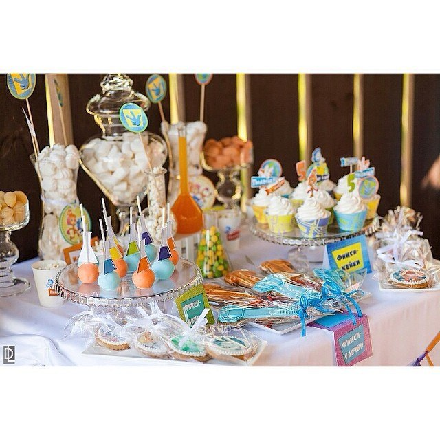 """""""Little scientist"""" party. Candy bar"""